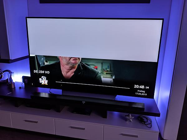 Grauer Balken oben bei IPTV-mvimg_20190517_204835.jpg