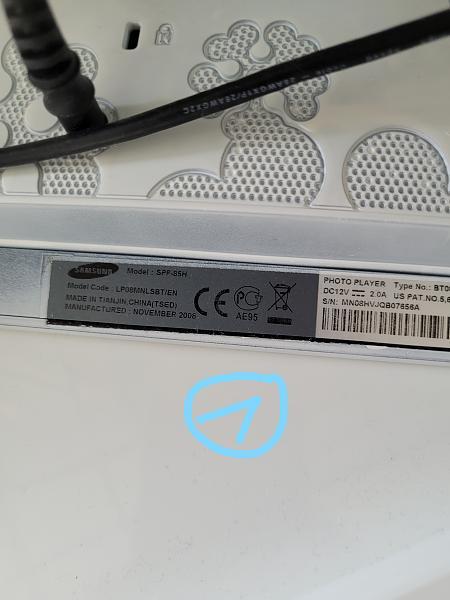 3 x Samsung LCD4LINUX Displays-1.jpg